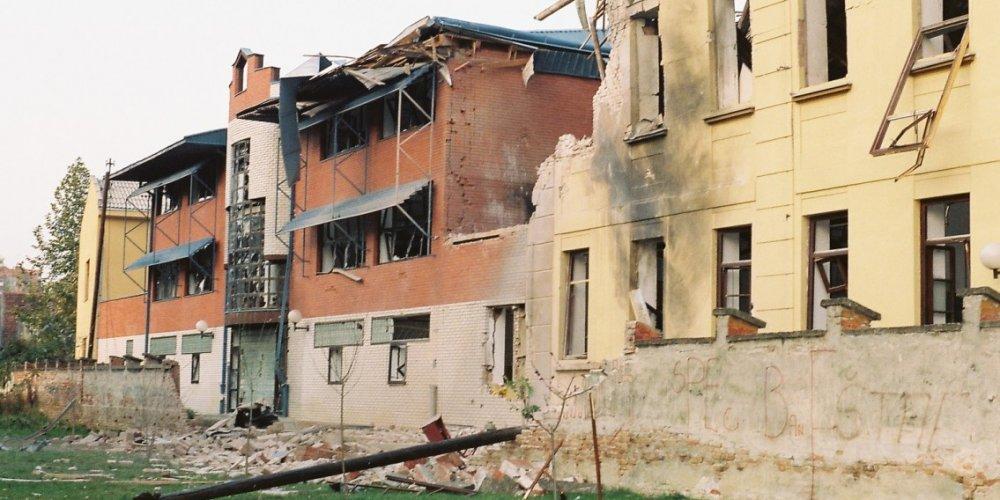 Izložba upozorenja i memorije na ratna stradanja Osijeka u povodu obljetnice međunarodnog priznanja Hrvatske
