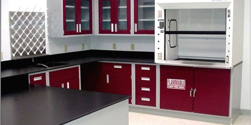 Renowned Industrial and Laboratory Furniture Supplier