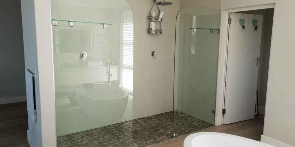 Your One-Stop Shop for all Your Custom Glass and Glazing Needs