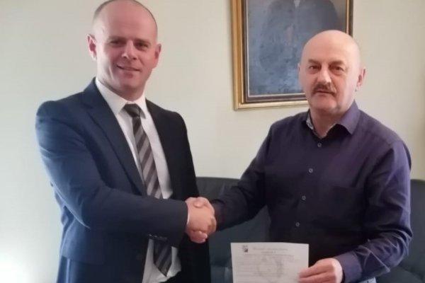 Ujedinjenje pravaša; Hrvoje Niče, posljednji predsjednik HSP AS-a vratio se u HSP!