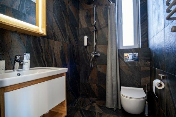 BD Living - Bathroom Renovators with Excellent Reputation